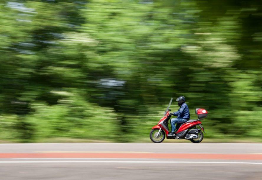 ansöka om mopedkörkort